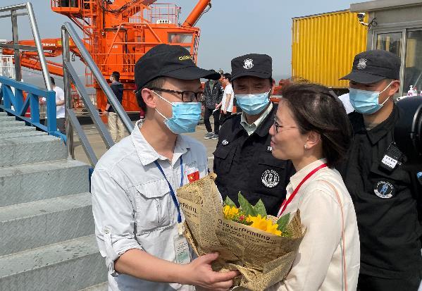 急救、治疗、防疫、种菜……上海医生在南极长城站的54
